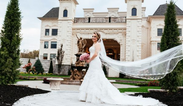 Bride-Fountain-Outside